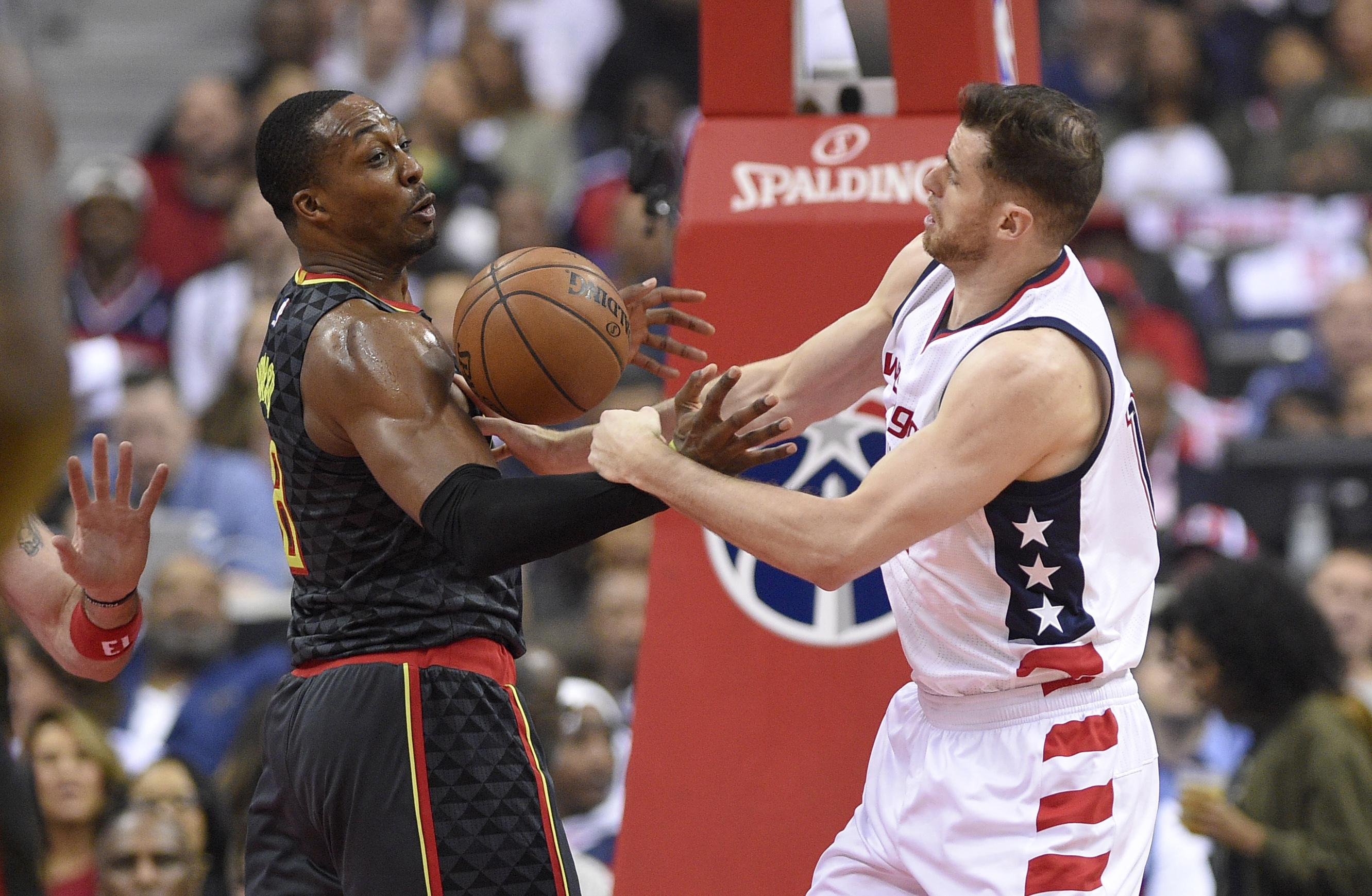Hawks_wizards_basketball_87280
