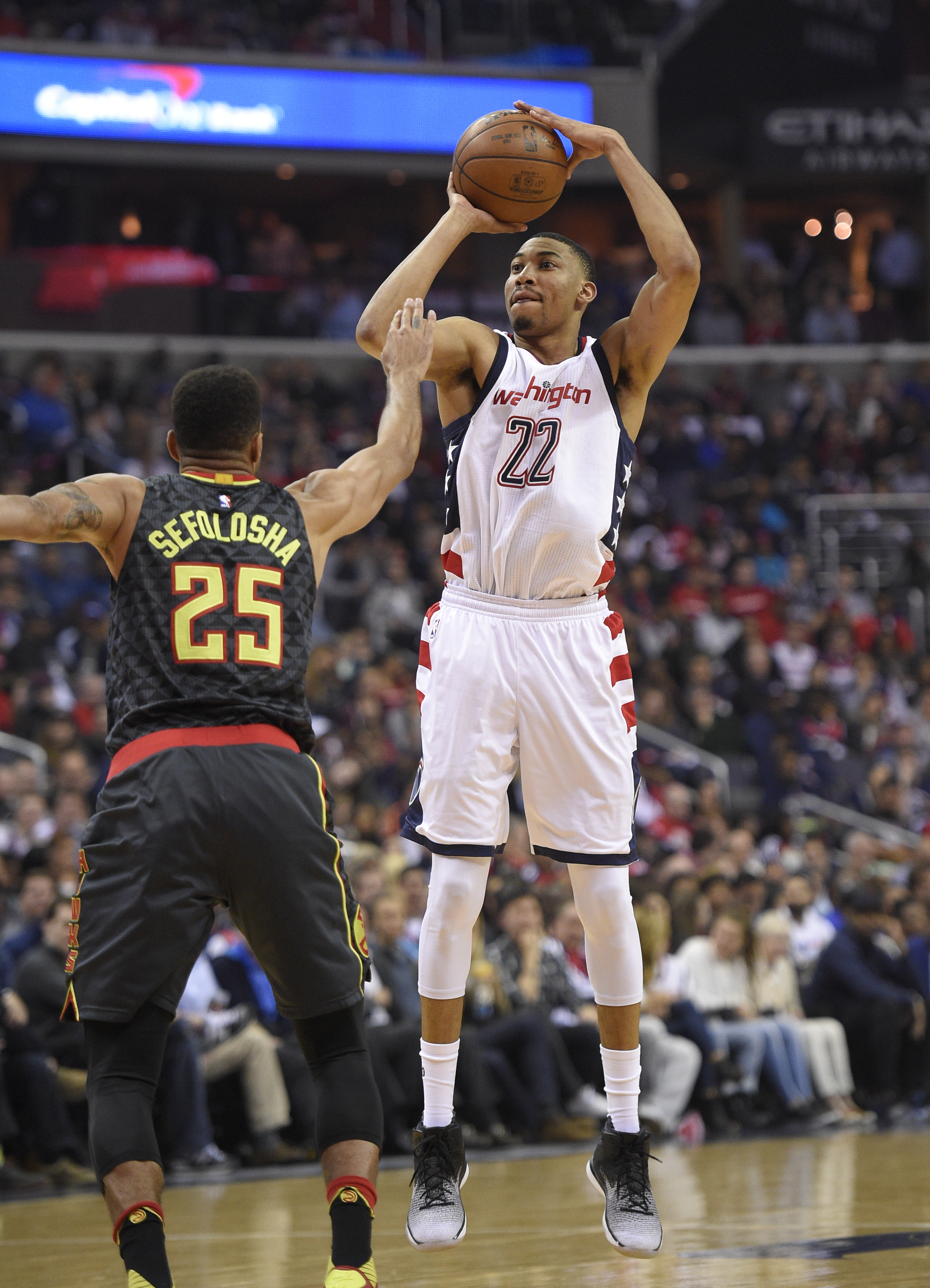 Hawks_wizards_basketball_97948.jpg-0aa62