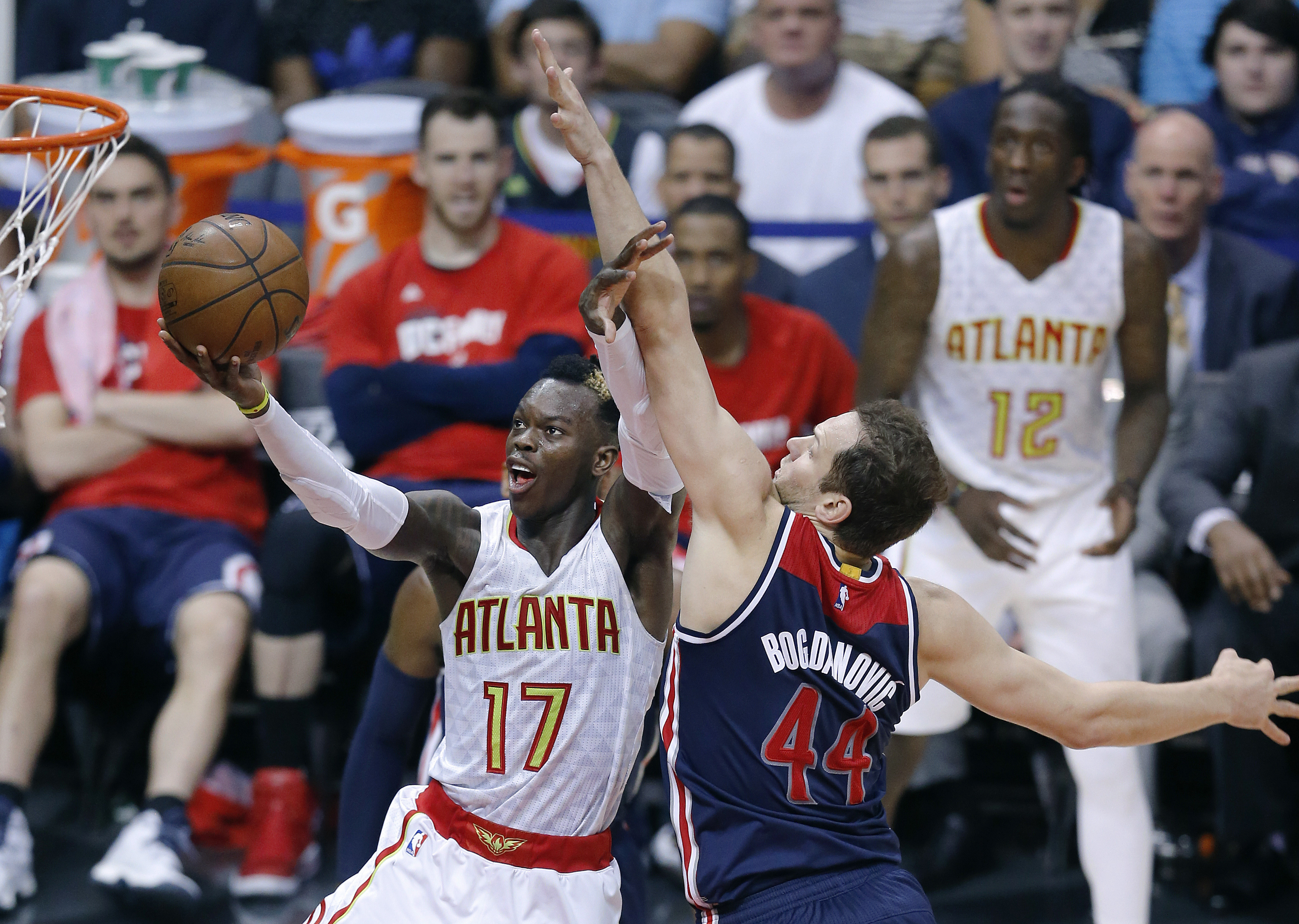 Wizards_hawks_basketball_11307.jpg-f66ca