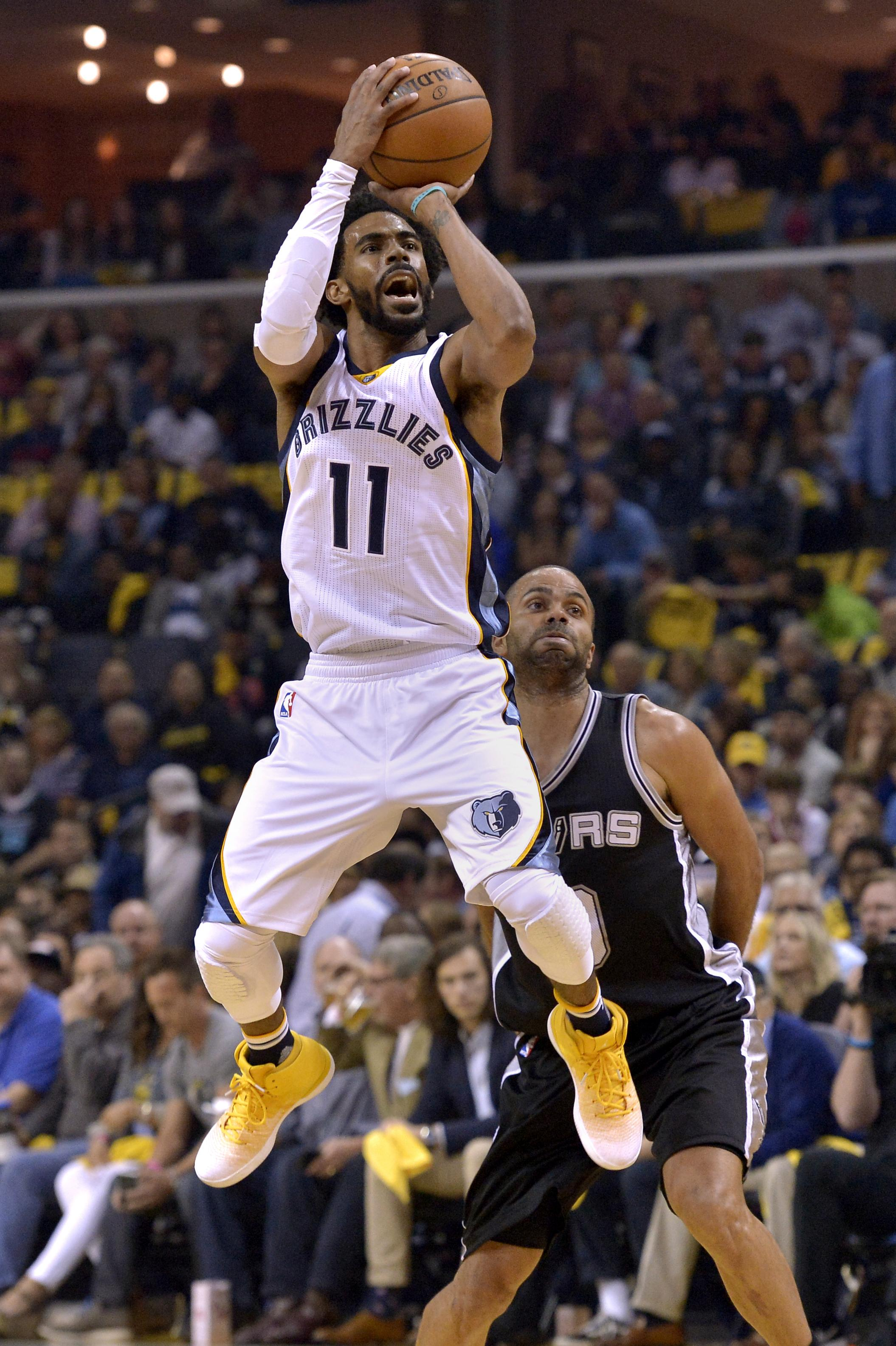 Aptopix_spurs_grizzlies_basketball_33432