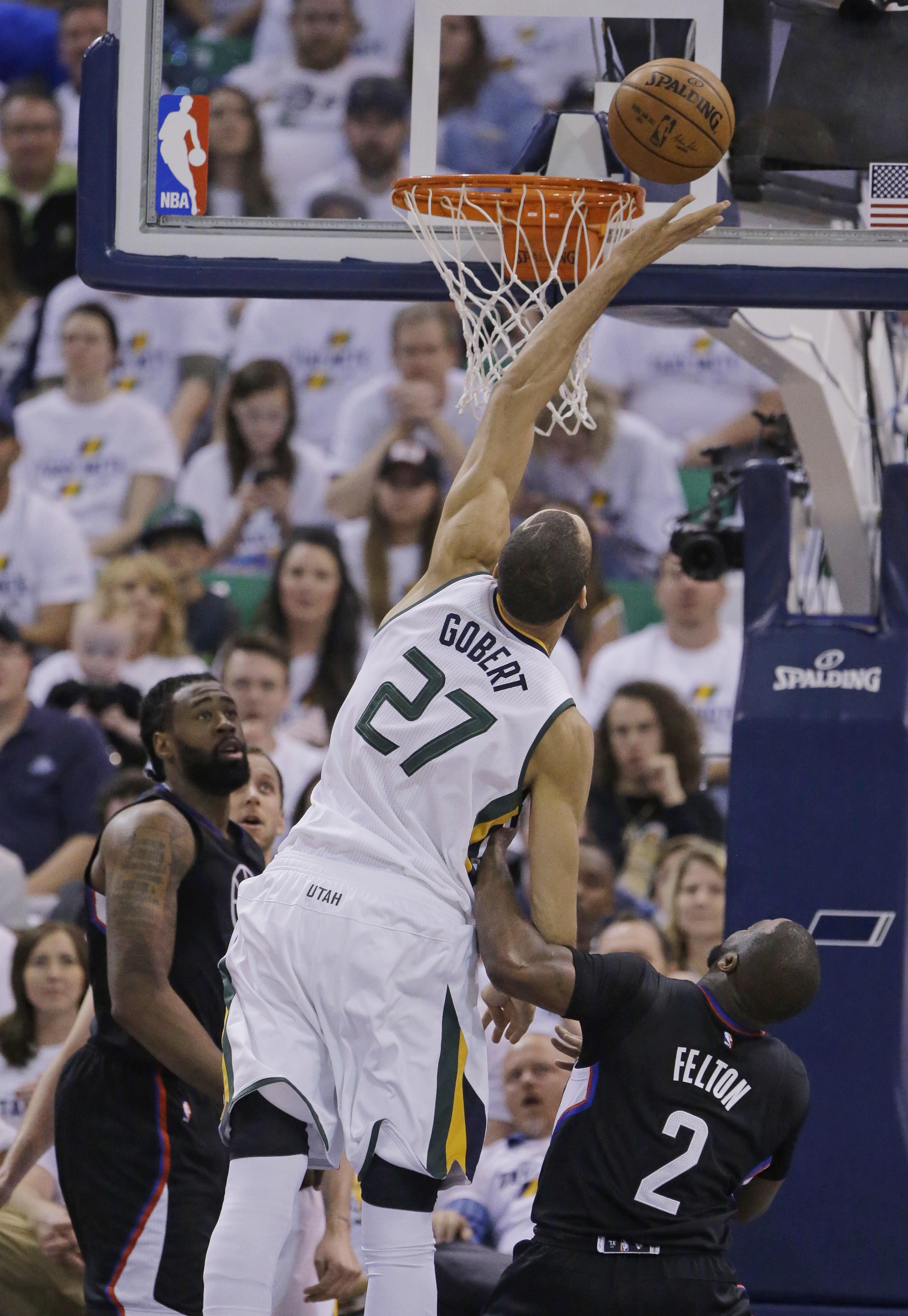 Clippers_jazz_basketball_75612