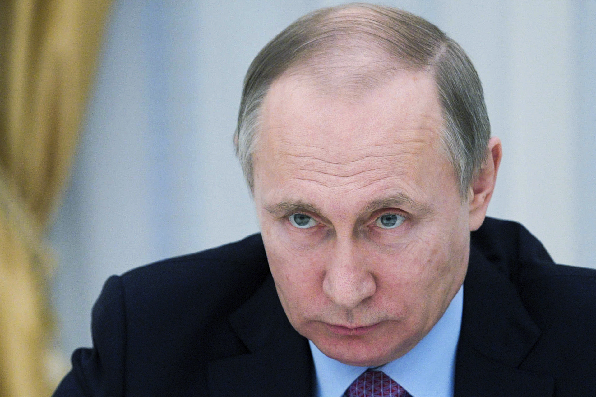 Researchers peg Putin as a plagiarist over thesis