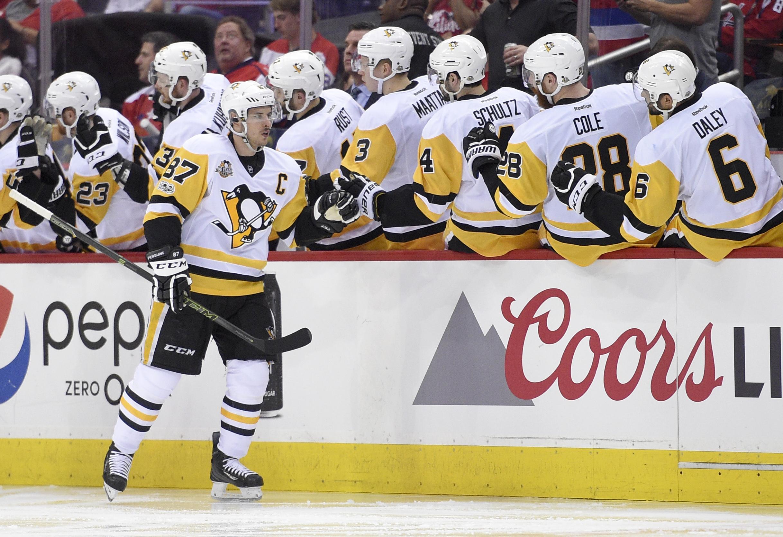 Penguins_capitals_hockey_26634