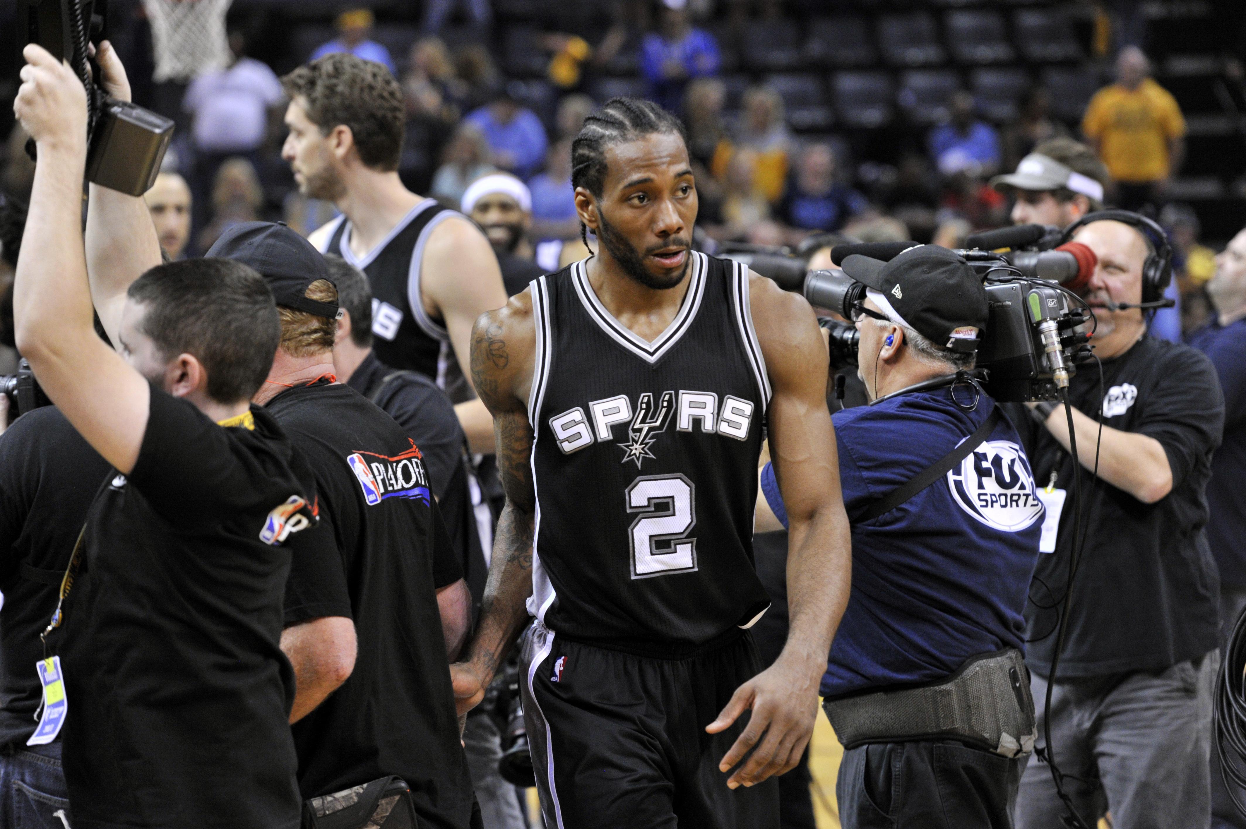 Spurs_grizzlies_basketball_87185