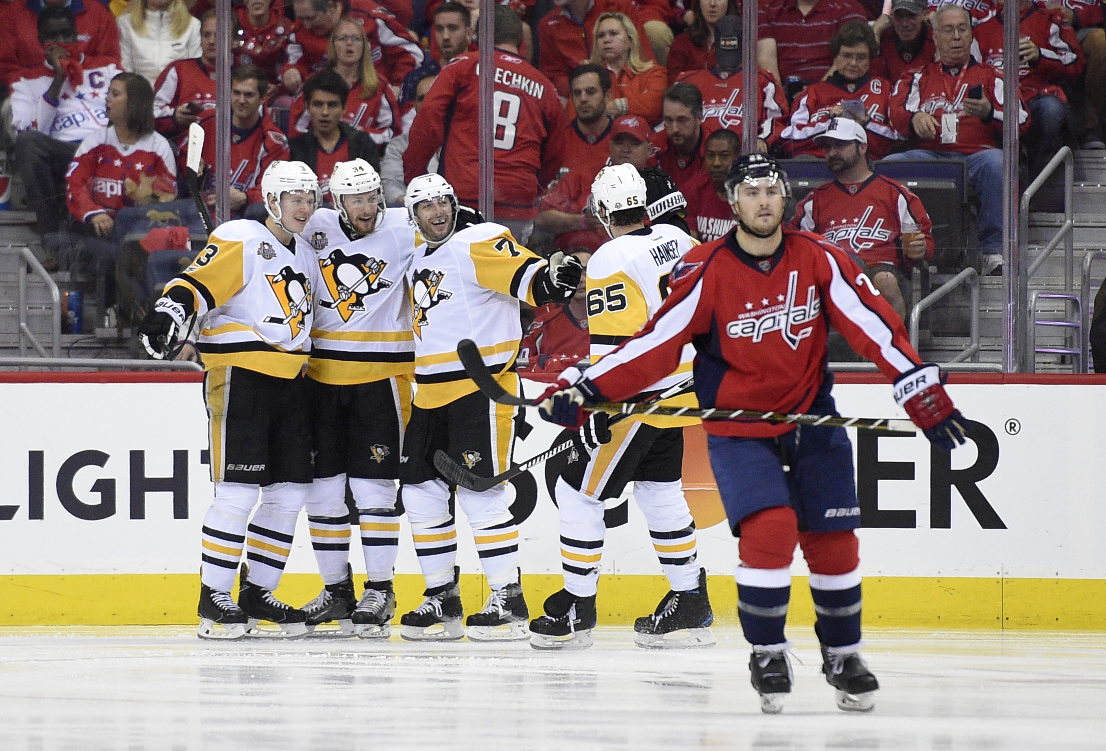 Penguins_capitals_hockey_08619.jpg-0927f