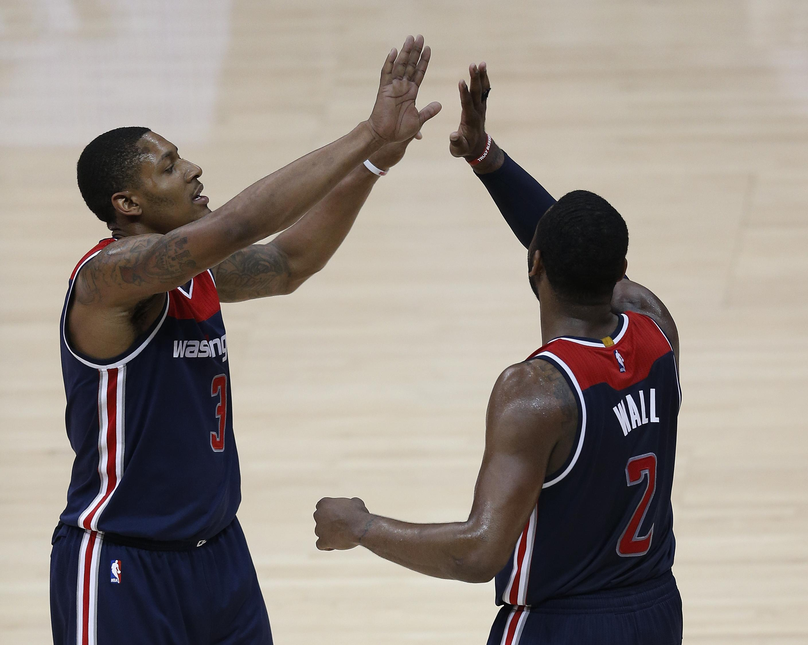 Wizards_hawks_basketball_58605