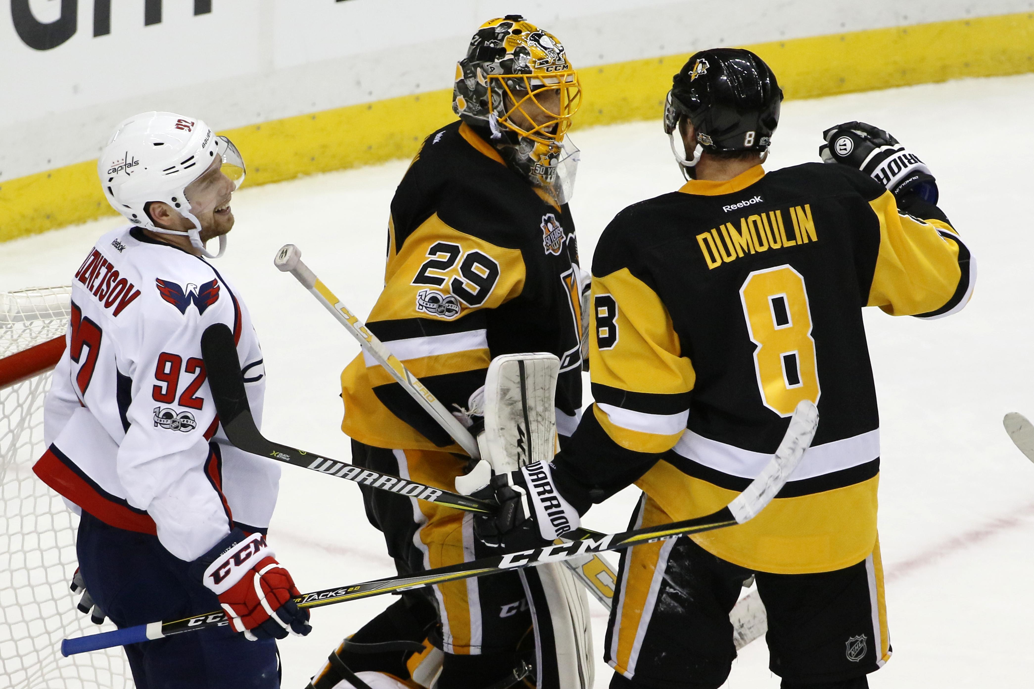 Capitals_Penguins_Hockey_92698.jpg-bee42
