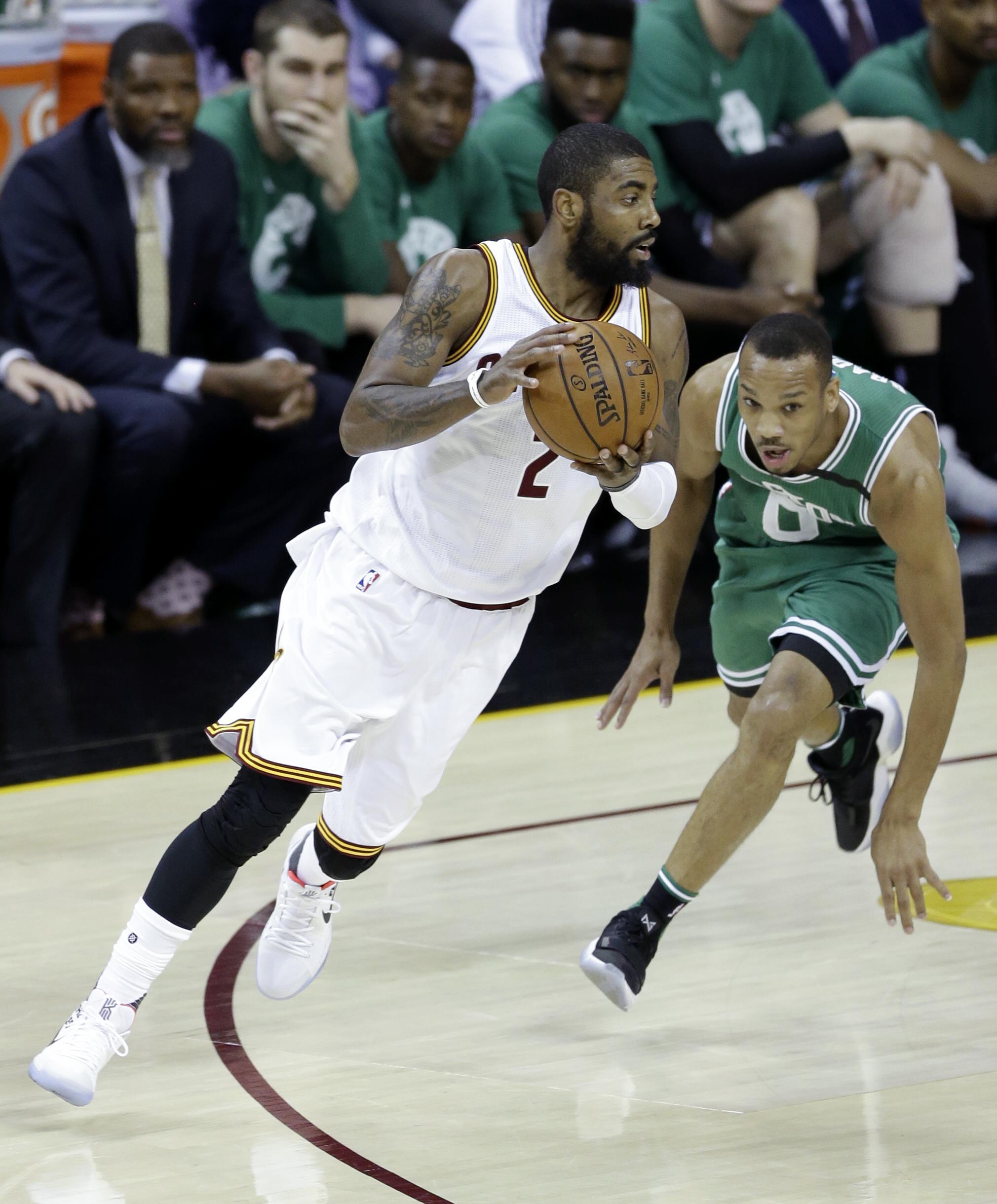 Celtics_cavaliers_basketball_05477