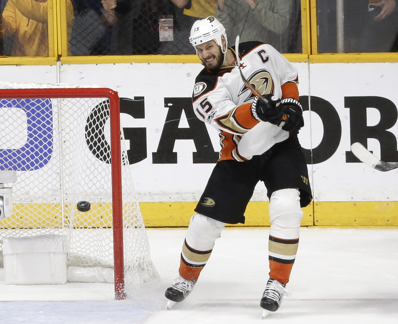 Ducks_predators_hockey_76863