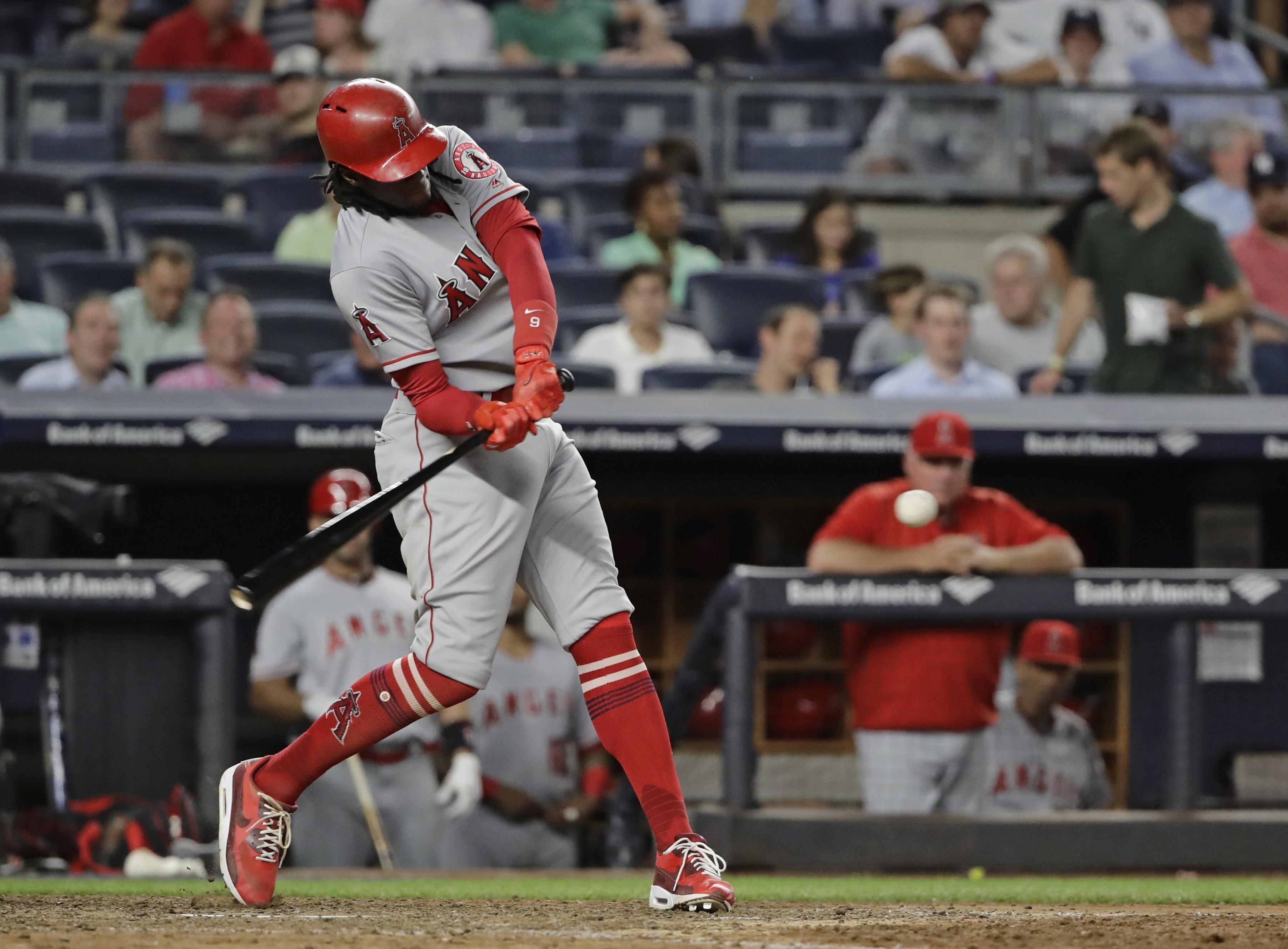 Angels_yankees_baseball_98987