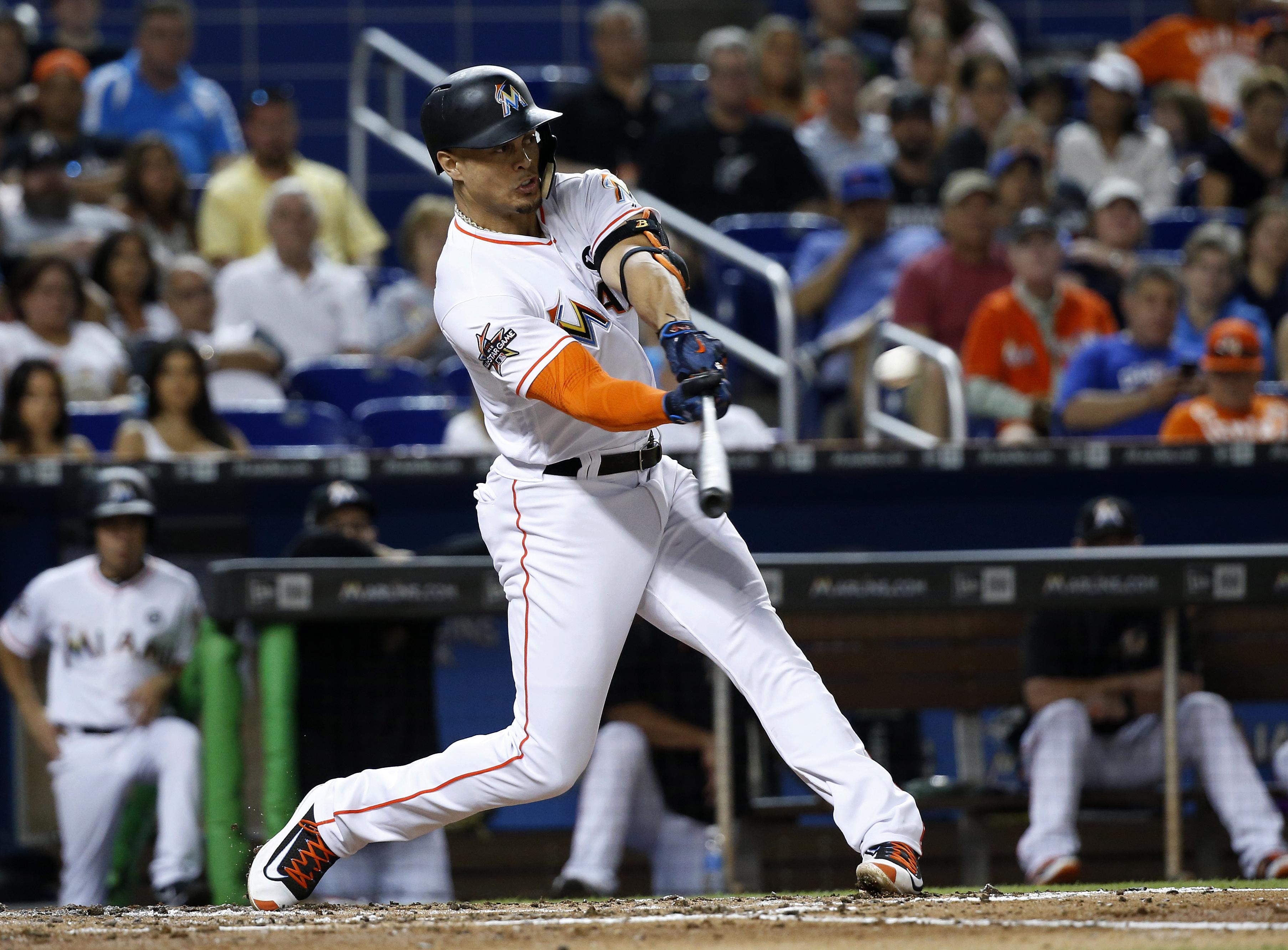 Cubs_marlins_baseball_16843