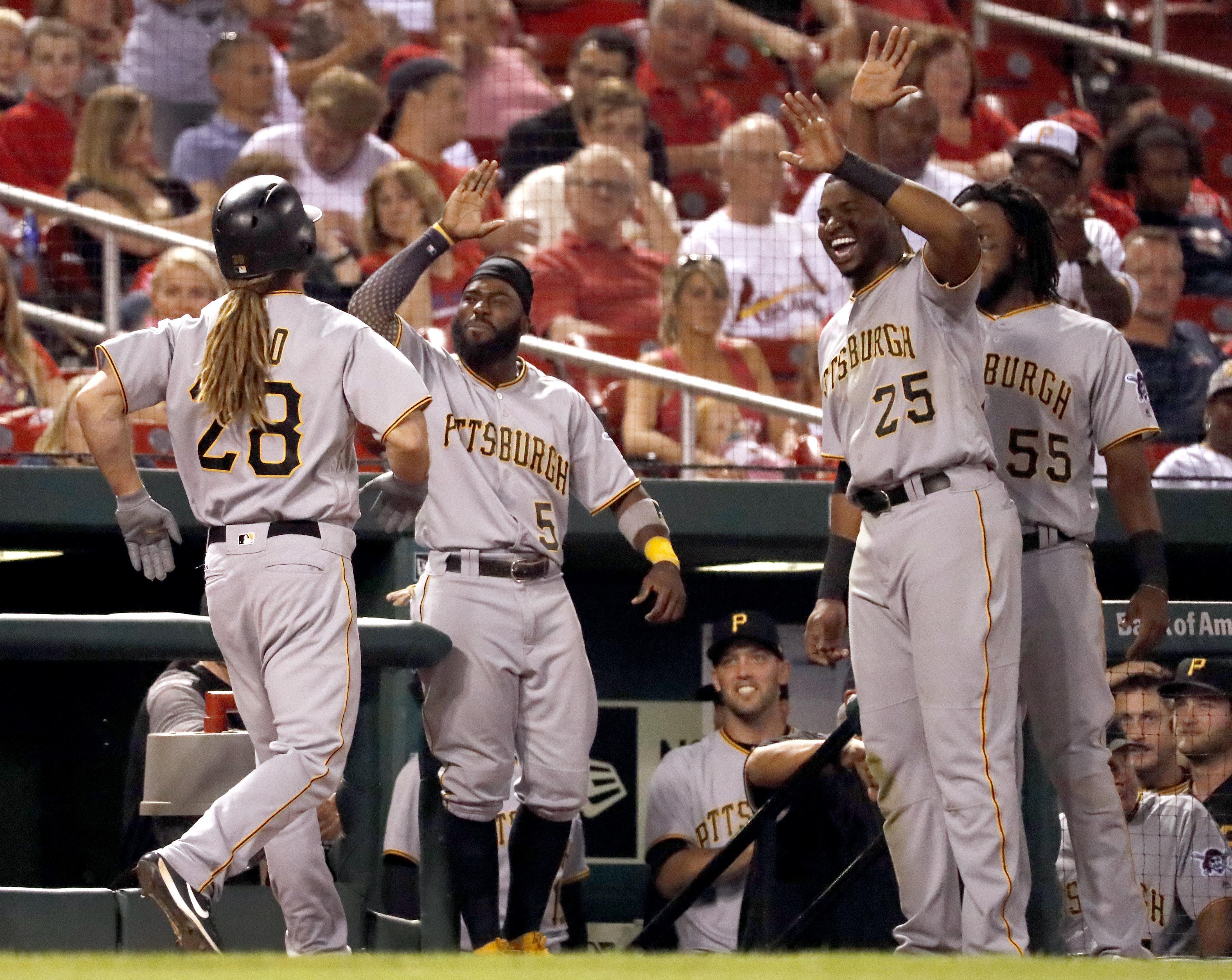 Pirates_cardinals_baseball_00223