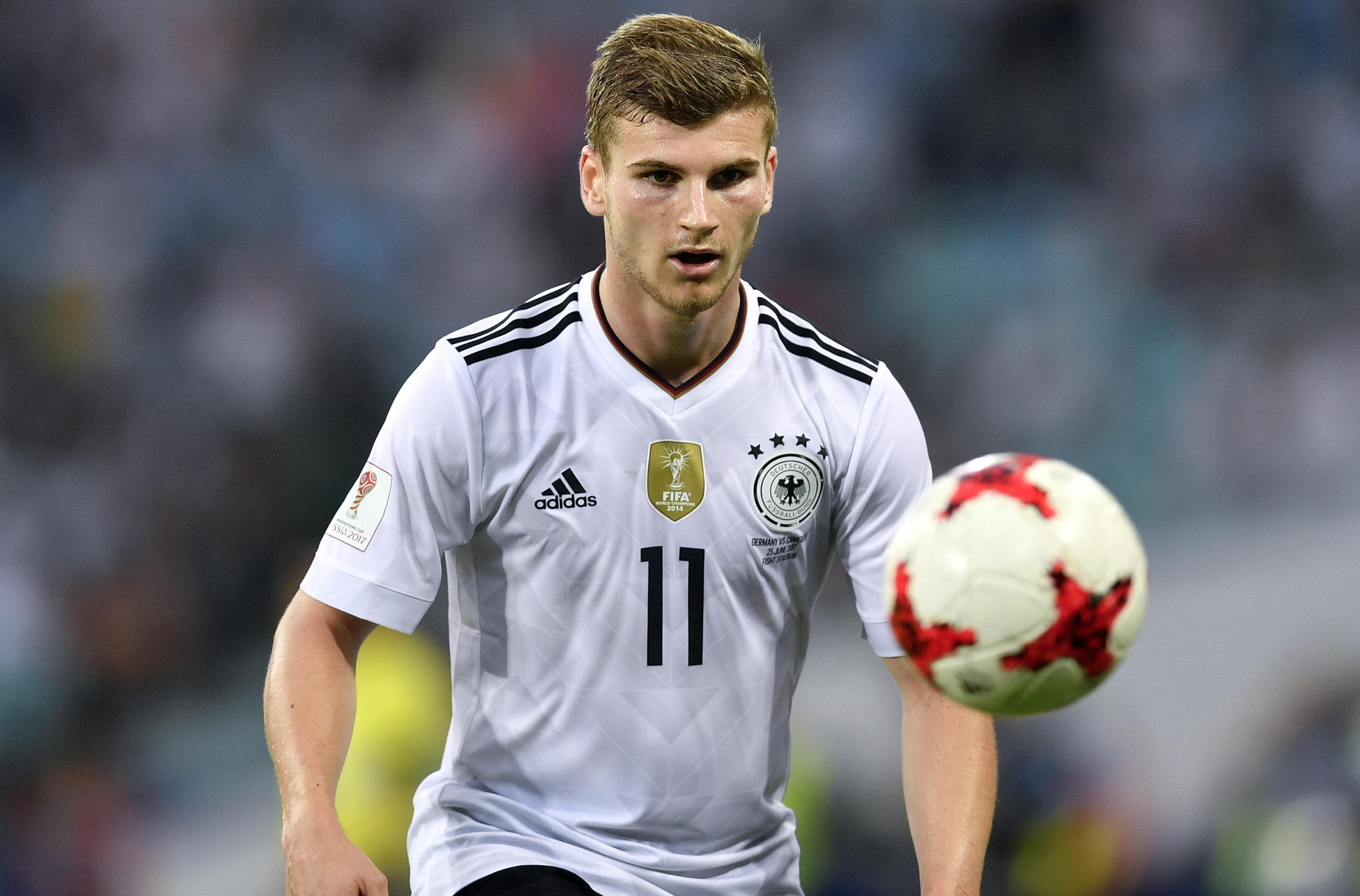 Soccer_confed_cup_germany_cameroon_11861