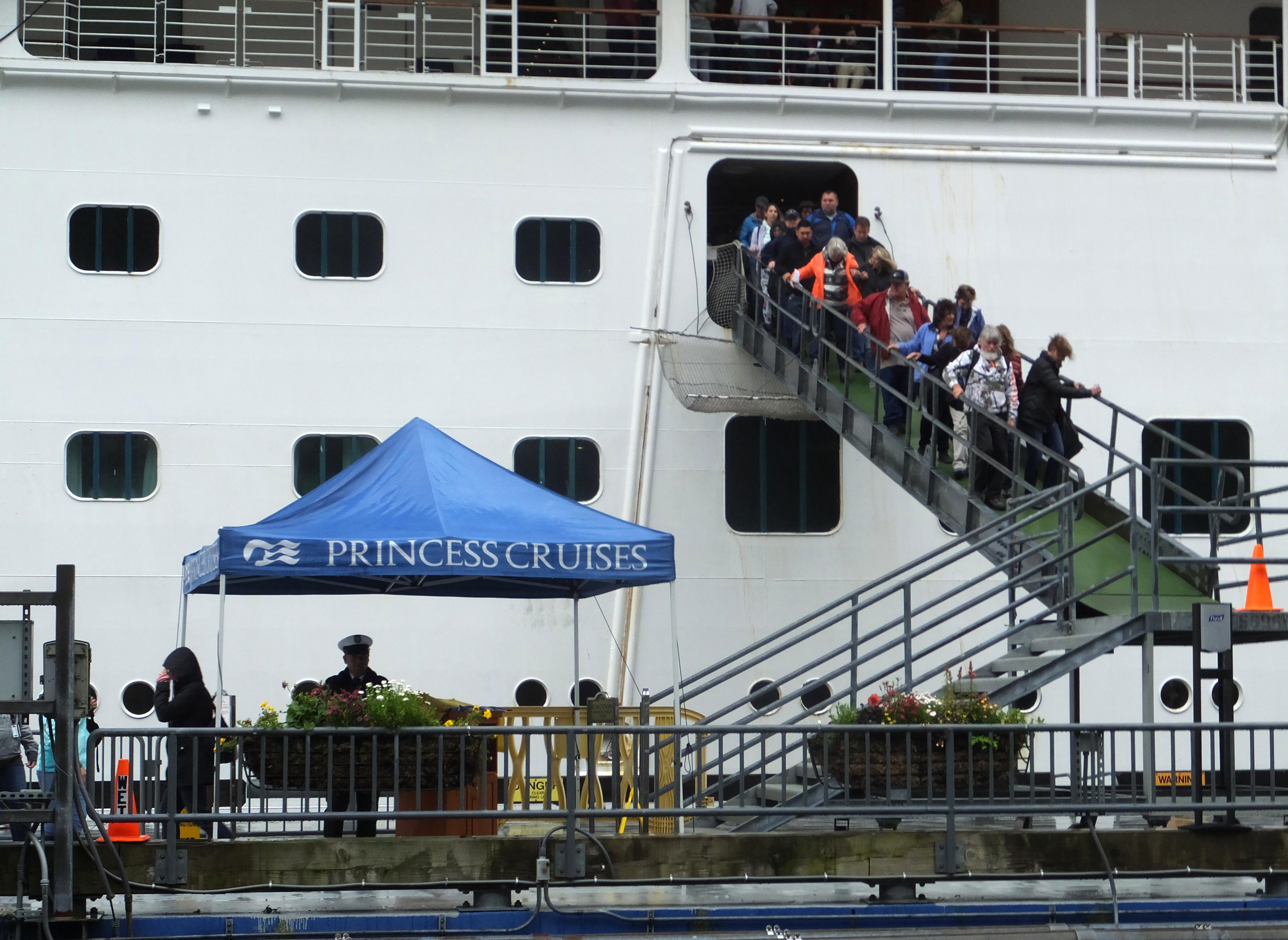 Employer: Utah woman killed on cruise was trusted adviser