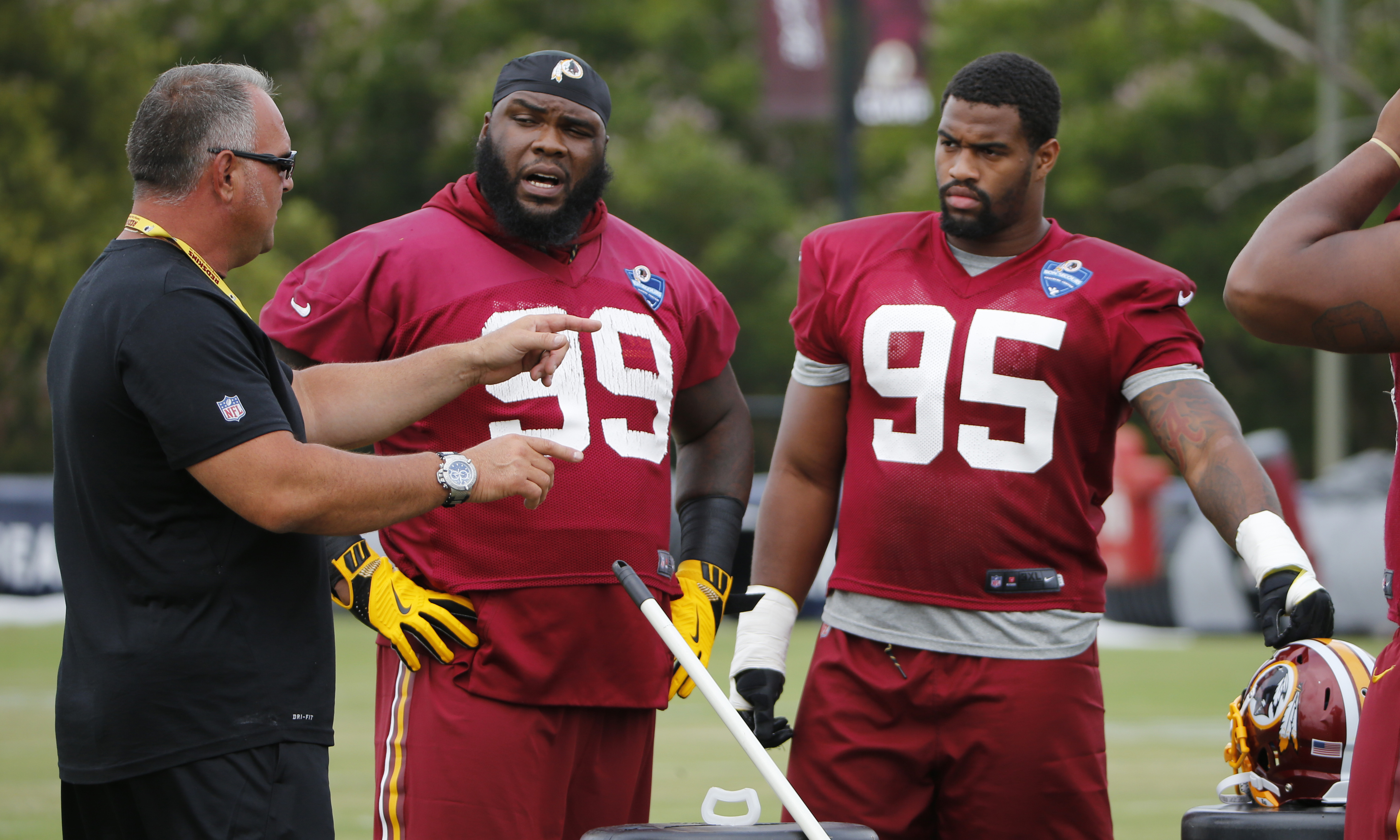 Redskins_camp_93108.jpg-dc5fb